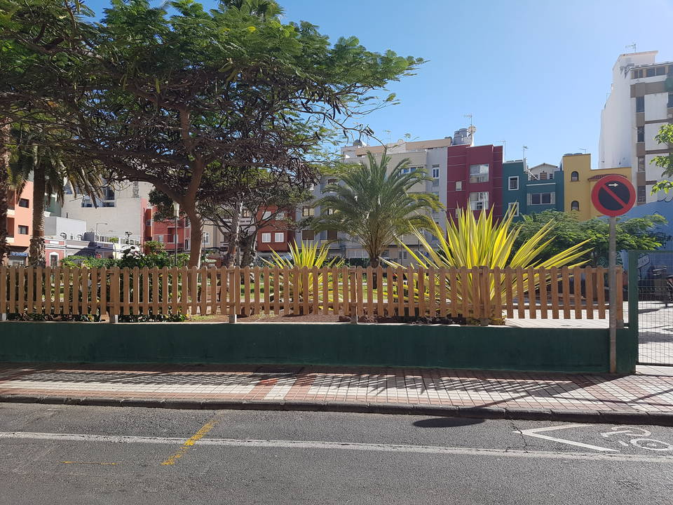 Ref. 3084, Las Canteras